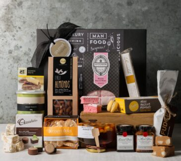 Gourmet Food Gift Hamper. Gift Hampers from Gourmet Basket. Food gift hamper. Food gift basket.