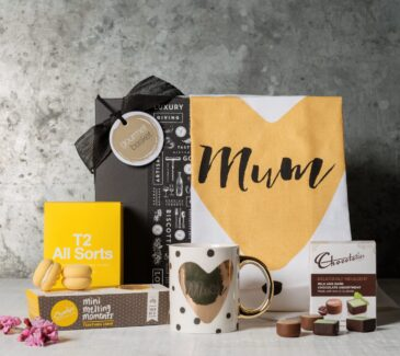 gift for mum. Mothers Day hamper. Mothers day gift delivery. Gift Hampers from Gourmet Basket.