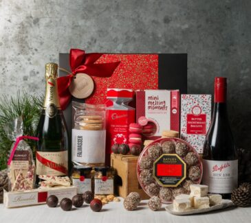 Office Christmas Party Gourmet Hamper from Gourmet Basket. Corporate Christmas Gift Hamper. Corporate hamper delivery.