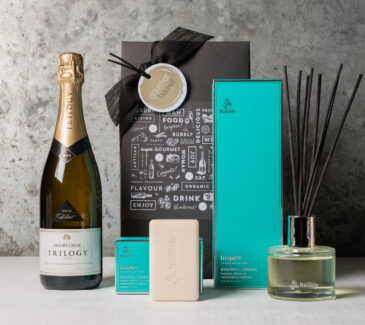Gifts for women   Pamper gifts from Gourmet Basket