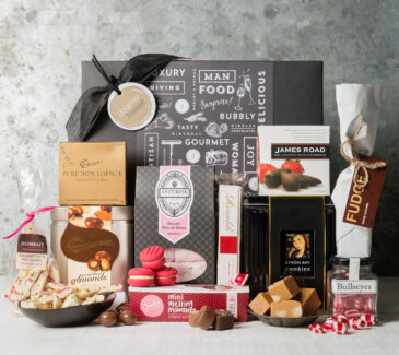 sweet lover gift hamper | Gourmet Basket | Gifts for women